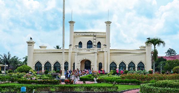 Tempat Wisata di Pekanbaru - Istana Siak Sri Indrapura