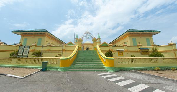 Tempat Wisata di Pulau Bintan - Pulau Penyengat
