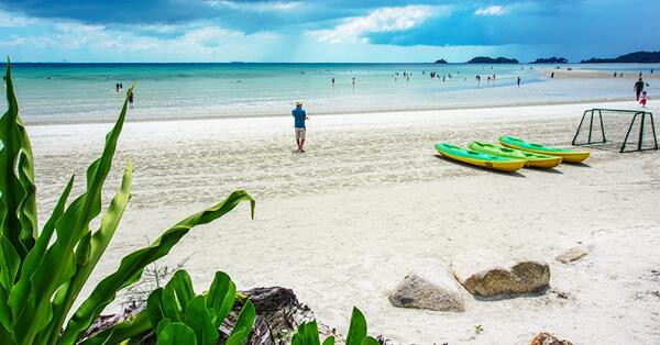 Tempat Wisata di Pulau Bintan - Teluk Lagoi