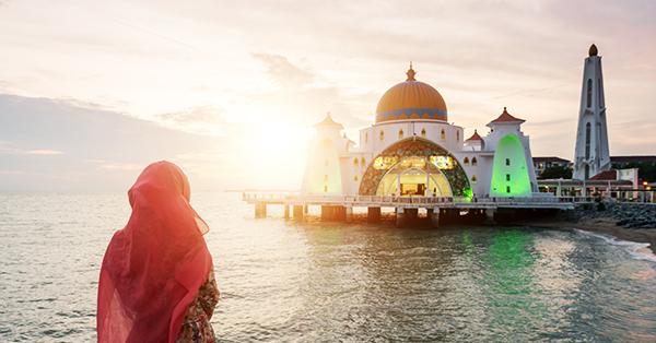 Tips Jalan-Jalan Tetap Asyik Selama Berpuasa - Cari Destinasi Wisata Ramah Muslim