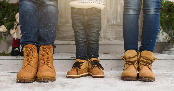 Tips to Prepare for Winter Vacation_blog_Bring boots
