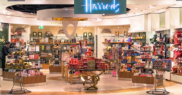 Wisata Surga Belanja di London - Harrods Departement Store