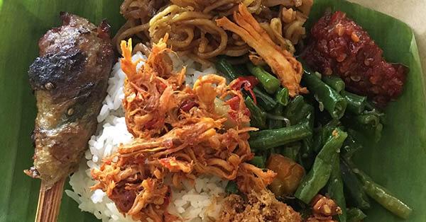 makanan halal di bali-nasi-jinggo