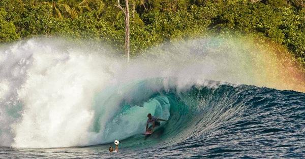 mentawai surfing