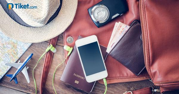 tips traveling smartphone
